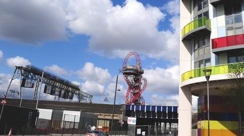Yeni Devasa Heykel İngilizleri Kızdırdı