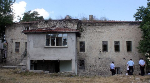 Tarihi İskalyon Binasında Restorasyon