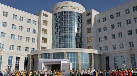 Türk İş Adamları Türkmenistan'ın Turizm Bölgesini İnşa Ediyor