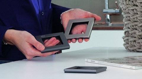 Schneider Electric, doğru anahtar ve priz seçimi için Mix&Match yazılımını geliştirdi.