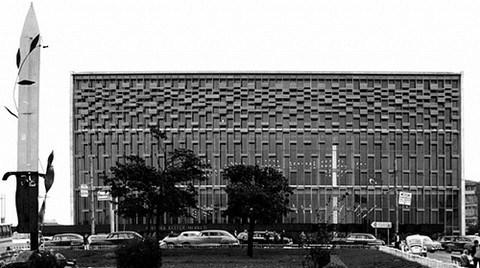 """""""Modernin İcrası: Atatürk Kültür Merkezi, 1946-1977"""""""