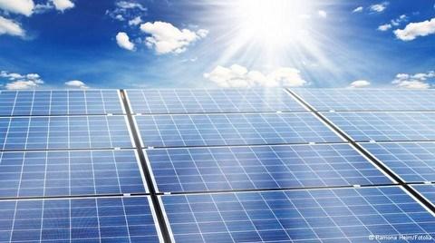AB'den Çinli Güneş Paneli Şirketlerine Soruşturma