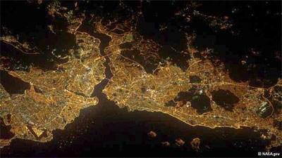 """NASA """"Uzay'dan İstanbul"""" Fotoğrafı Yayınladı"""