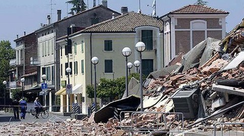 Depremi Tahmin Edemeyen Uzmanlara Dava