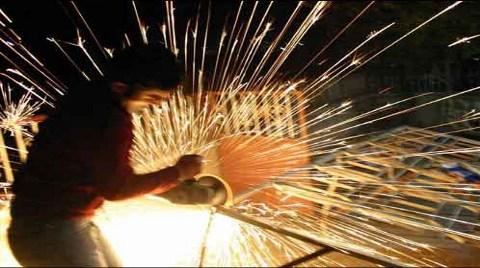 Sanayi ciro ve sipariş endeksleri Yüzde 0,5 Arttı