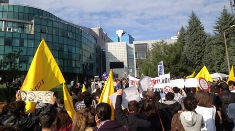 İTÜ Araştırma Görevlileri 'Asistan Kıyımı'nı Protesto Etti