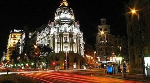 İspanya'da Ev Alana Oturma İzni
