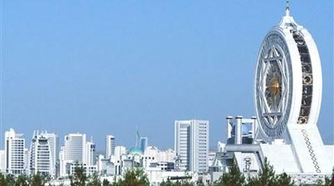 Türk Müteahhitleri Türkmenistan'ı Sevdi