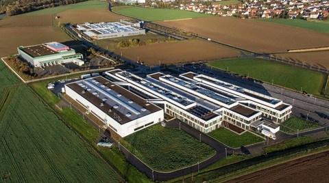 Schneider Electric'ten Robotik Üretim Tesisi