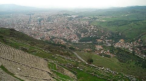 Bergama Dünya Kültür Mirası Adaylığı Dosyasını Teslim Etti