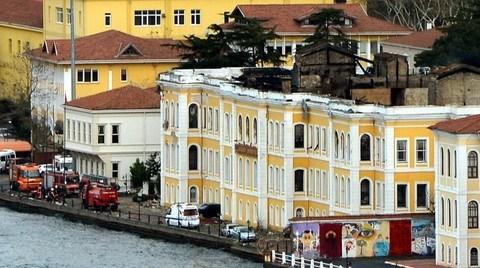 Galatasaray Üniversitesi'nin Yanan Binasında Onarım Başlıyor