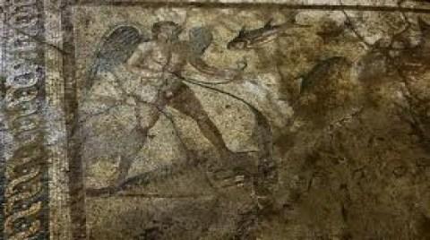 Eros'un Yanında Mozaik Bulundu