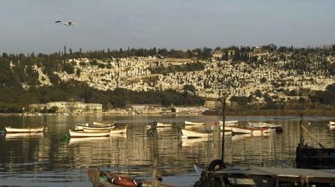 """""""İstanbul'da Kutsal Yer'in Sürekliliği: Kosmodion'dan Eyüp'e"""""""