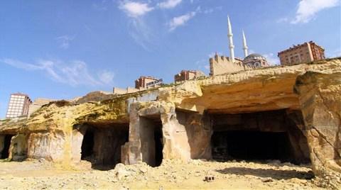 Ahır Olan Mağaralar Müze Oluyor!