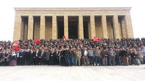 2B Protestocuları Anıtkabir'de Topladı