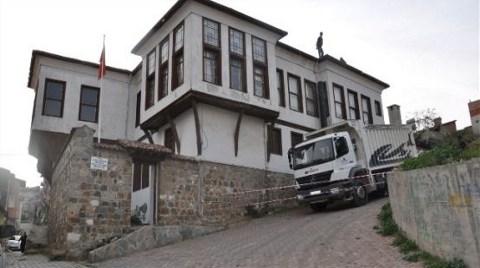 Tarihi Konak Gün Sayıyor!