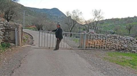 Anayola Demir Sürgülü Kapı!