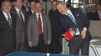 Bakan Çağlayan, ödül töreni öncesi TİM Başkanı Mehmet Büyükekşi ile masa tenisi oynadı