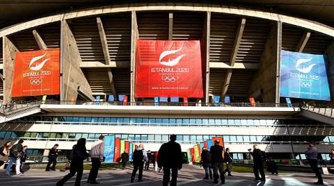 Olimpiyat Stadı'nı İncelediler