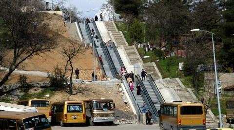 Şehrin Ortasına Yürüyen Merdiven!