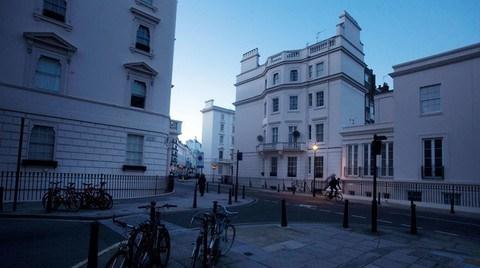 Londra'nın En Lüks Mahallesinde Sessizlik