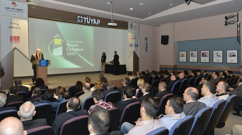 Yalıtım Sektörü Başarı Ödülleri ve Çatı ve Cephe Malzemeleri Ödülleri Dağıtıldı