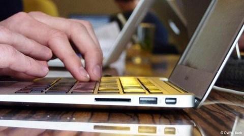 Dijital Çağın Çalışanlarının 'Erişilememe Hakkı' Var mı?