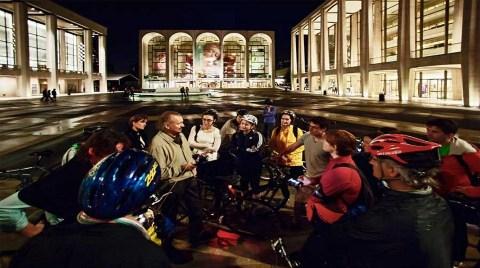 Gece Yarısı İstanbul'da Bisiklet Turu!