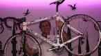 Aydan Çelik, SEDONA için tasarladığı karbon yol bisikleti İSTANBUL ile