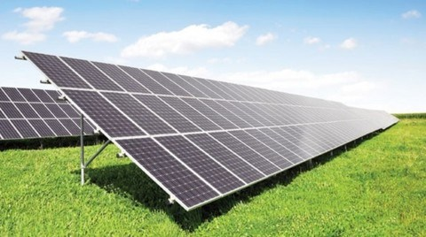 İlk Güneş Paneli Fabrikası Açıldı