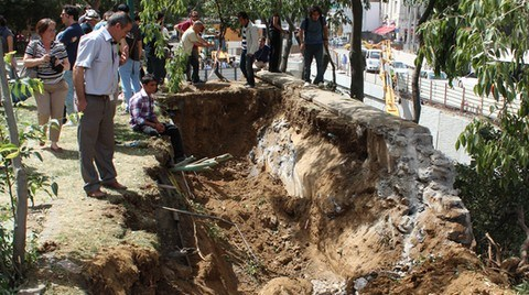İstanbul Gezi Parkı için Nöbette