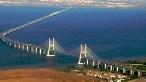 Lizbon'daki Vasco da Gama Köprüsü