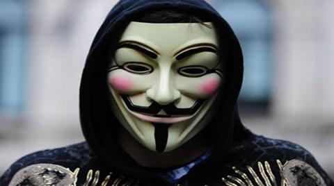 Anonymous'tan Gezi Parkı'na Destek!