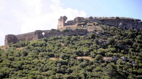 900 Yıllık Kaleye Taş Ocağı Darbesi