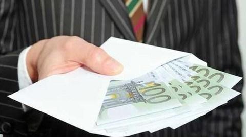 Economist: Türkiye Yabancı Yatırımcının Güvenine Bağımlı