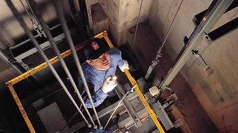 Kullanım Ömrünü Tamamlayan Asansörler için Önlem Alınmalı