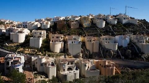 """İspanya'da Emlak Krizi 15 Yıl daha Sürer"""