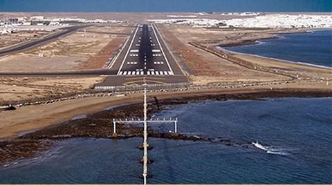 Denize Dolgu Havalimanı İçin 13 Milyon Taş!