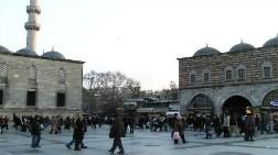 Tarihi Meydanlarda Çirkin Yapılar