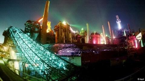 'Kültür'e Gebe Fabrikalar