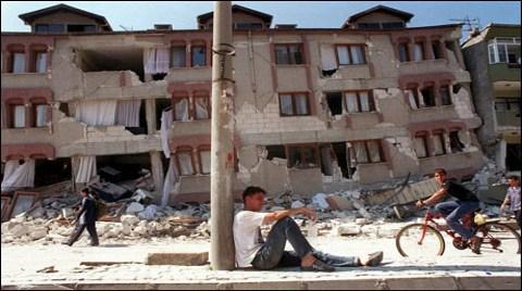 TMMOB, 17 Ağustos Depremini Anacak