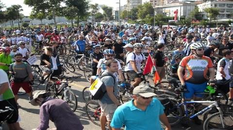 En Büyük Bisikletli Eylemi: 'Ölümler Dursun'