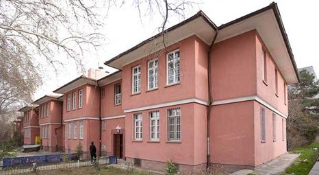 Mimarlar Saraçoğlu için Köşk'e Çıkıyor!