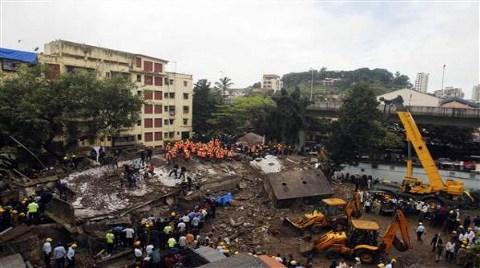 Yine Çok Katlı Bina Çöktü!