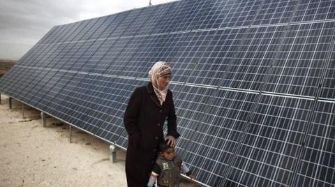 Yenilenebilir Enerji de Erkeklerden Soruluyor