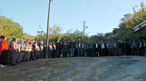 Ağaç Katliamına Karşı 'Duran Köylü' Eylemi!