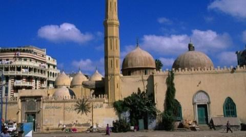 Mısır Restorasyon Anlaşmalarını Askıya Aldı