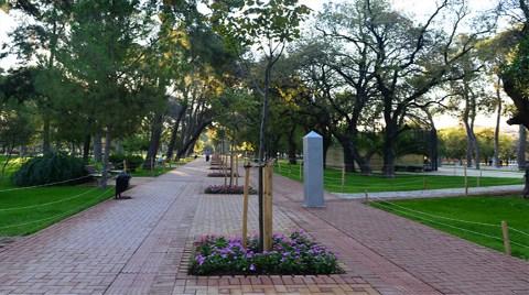 İzmir'in Tarihi Bahçesi Yeniden Doğdu