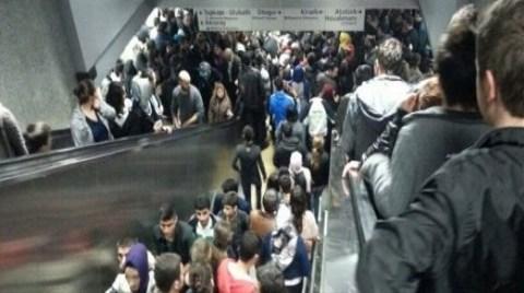 İstanbul'da Metro İşkencesi