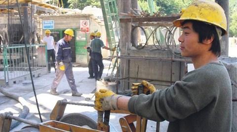 Madenlerdeki En Zor İşler Çinlilere